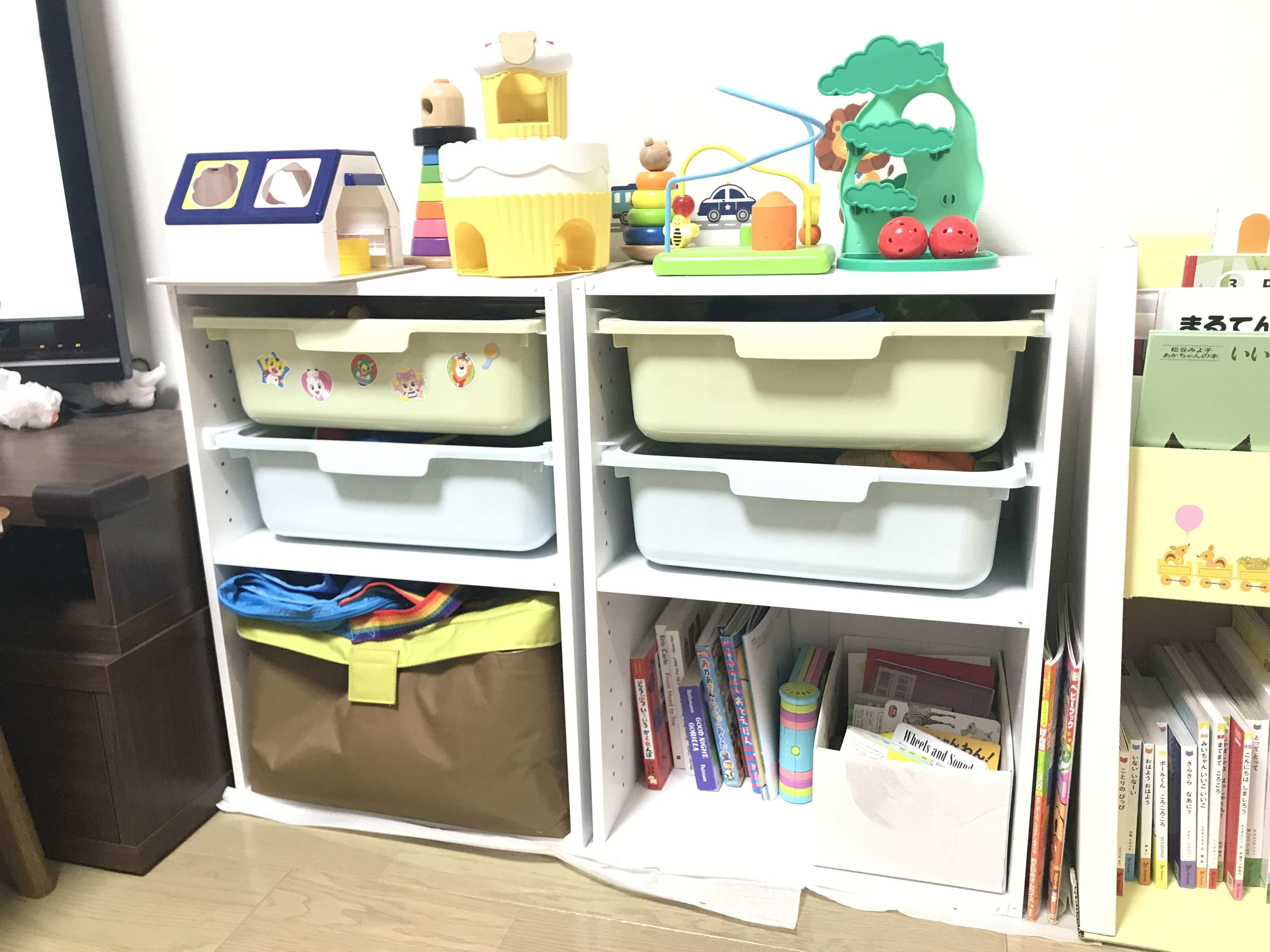 おもちゃの収納棚(模様替え後)